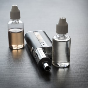 13621020-advanced-personal-vaporizer-or-e-cigarette